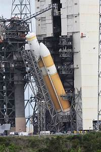 Orion's Flight Test Rocket Moves to Launch Pad | Orion