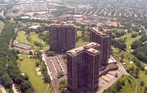 superiority complex lifes  country club  queens north shore towers ny daily news
