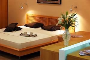 Welche Pflanzen Fürs Schlafzimmer : rund um die schlafzimmereinrichtung m bel farben pflanzen und co ~ Frokenaadalensverden.com Haus und Dekorationen
