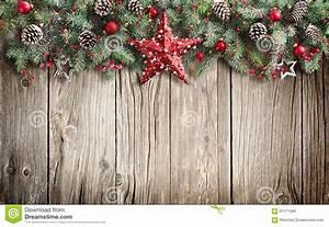 Arbre De Noel En Bois : arbre de sapin de no l d cor sur en bois photo stock ~ Farleysfitness.com Idées de Décoration