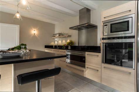 cuisine bois emejing cuisine noir bois inox pictures home ideas 2018