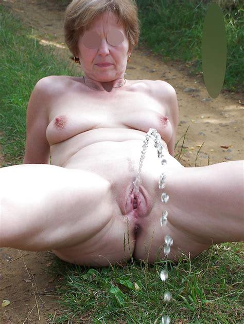 mature piss video tubezzz porn photos