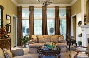 Window treatments with drama and panache decorating den for Window treatment for living room