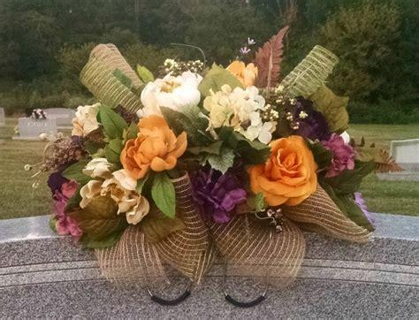 headstone flower arrangement ideas 25 best ideas about cemetery decorations on