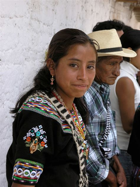 Maybe you would like to learn more about one of these? Una joven muy guapa - A beautiful young woman; Fiesta del ...