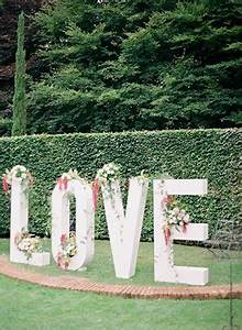 creative wedding decor with signage signscom blog With giant flower letters