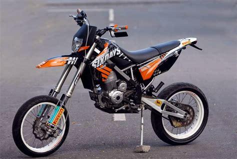 Gambar Motor Kawasaki Klx by Kumpulan Modifikasi Motor Kawasaki Klx 150cc Keren Terbaru