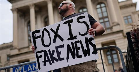 Follow the latest world news about politics, economy and lifestyle. Is Fox News really losing viewers to Newsmax? — Quartz