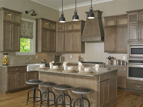 wellborn forest cabinet construction custom kitchen cabinetry design cabinet dealers