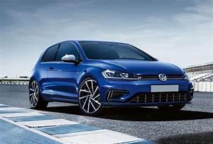 Golf Sport Volkswagen : hire golf r volkswagen rent golf r volkswagen aaa ~ Medecine-chirurgie-esthetiques.com Avis de Voitures
