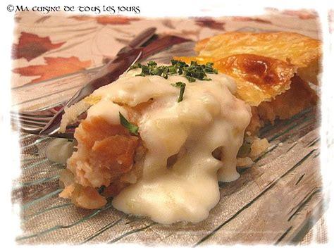 pate au saumon et patate p 226 t 233 au saumon et 224 l aneth sauce aux oignons caram 233 lis 233 s