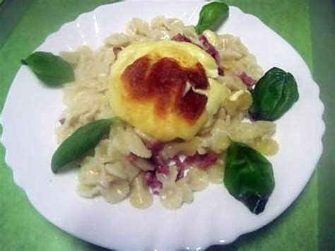 recette pate au lardon recette de p 226 te aux lardons fum 233 s au st marcellin gratin 233 s