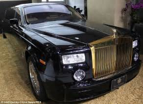 plated rolls royce rolling in it the 27 foot rolls royce phantom with gold