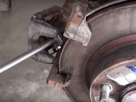 honda civic rear brake pads replacement