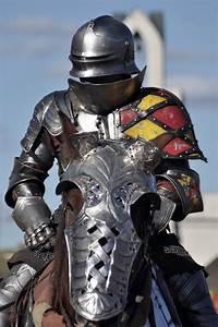 Falconhawk Photography: Knight in Shining Armor