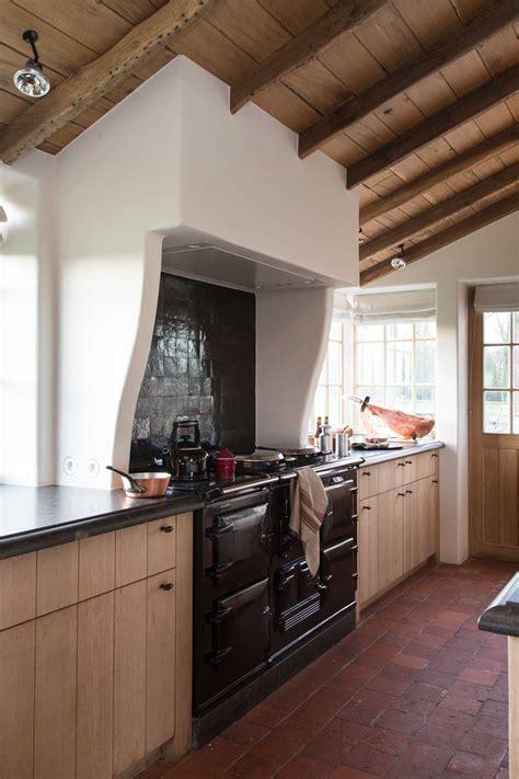 une cuisine de grand m 232 re relook 233 e maisons de charme