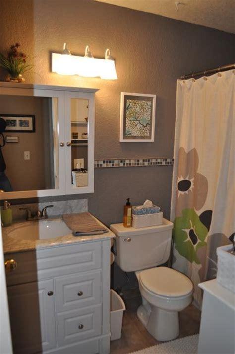 Bathroom Ideas For Small Bathrooms Decorating by Small Bathroom Decorating Ideas Bathroomist Interior