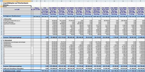 taggenaue liquiditaetsplanung mit waehrungskursen excel