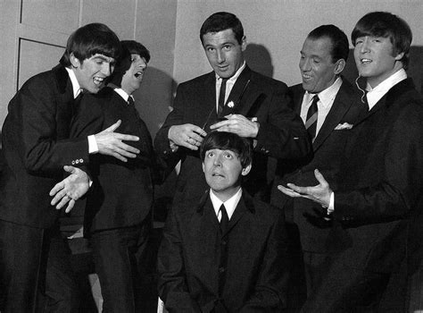 beatles hair paul   haircut february   ed sullivan museum  beatles pinterest