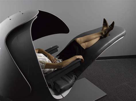 heures de bureau une sieste sur les heures de bureau québec scope magazine