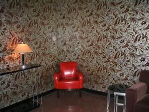 Schimmel entfernen an Wand, im Bad und Haus
