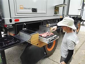 Grill Für Outdoor Küche : outdoor k che mit grill bliss mobil expeditions fahrzeuge die freiheit f r ihre unabh ngigkeit ~ Sanjose-hotels-ca.com Haus und Dekorationen