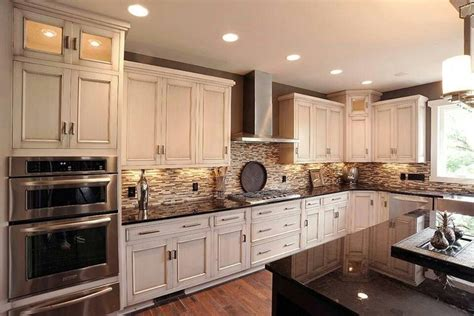 wooden cabinets for kitchen 24 best crema bordeaux granite images on 1615