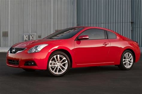 new nissan coupe nissan door nissan has tagged their maxima large