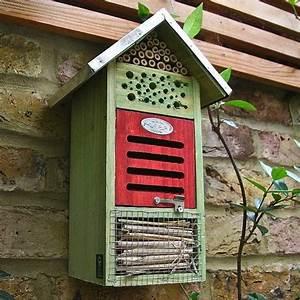 Rasen Aerifizieren Geräte : insektenhotels selber bauen insektenhotel selber bauen ~ Lizthompson.info Haus und Dekorationen