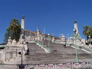 Gare En Mouvement Marseille : le monumental escalier de la gare saint charles ~ Dailycaller-alerts.com Idées de Décoration