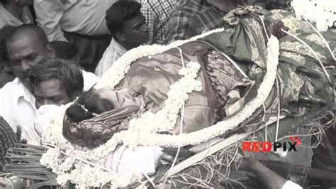 kannada actress kalpana funeral veteran actress manjula vijayakumar died the funeral