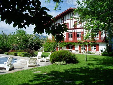 chambre d hotes gite de chambre d 39 hôtes à sare pyrénées atlantiques etxegaraia
