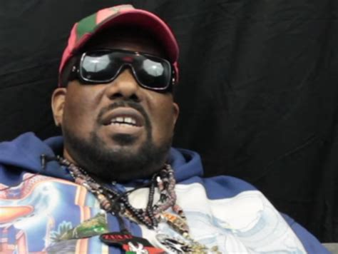 afrika bambaataa accused  sexual abuse    men hiphopdx