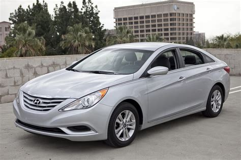 2011 Hyundai Sonata Specs, Pictures, Trims, Colors Carscom