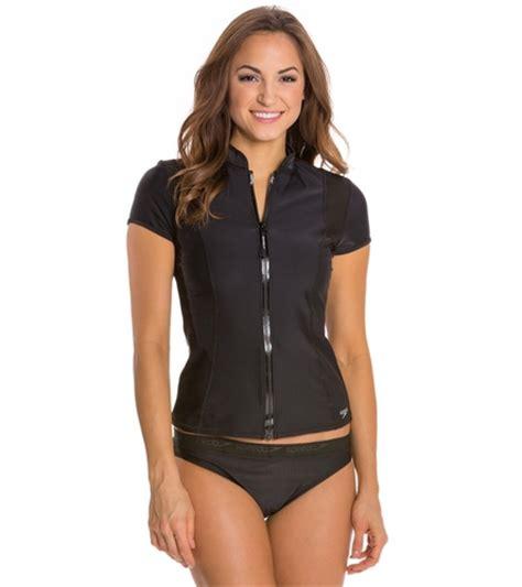 speedo fitness short sleeve zip front rashguard