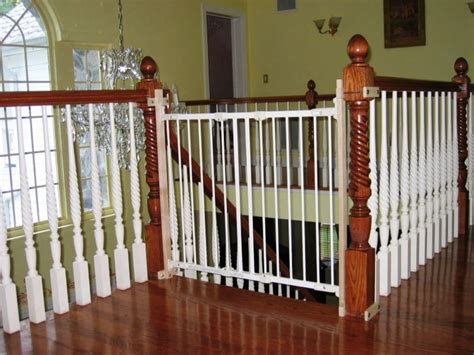 Baby Gate For Stairs With Banister And Wall by The Best Baby Gate For Top Of Stairs Design That You Must