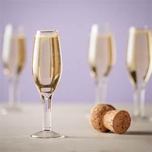 Verre A Champagne : fl tes champagne verres shooters x4 cadeau maestro ~ Teatrodelosmanantiales.com Idées de Décoration