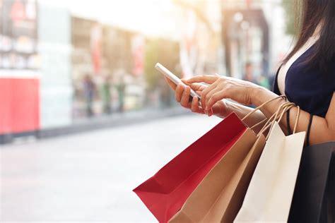 holiday season    break    retailers