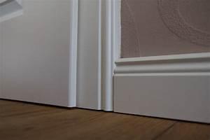 Sockelleisten Weiß Holz : sockelleisten arten kosten verlegung ~ A.2002-acura-tl-radio.info Haus und Dekorationen