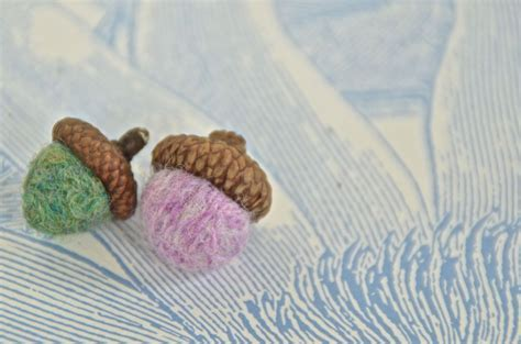 Hometalk   Scrap Yarn Felted Acorns
