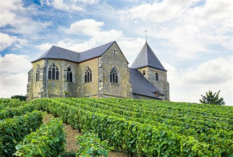 Budget Trips & Free Things To Do In Champagne, France Wine