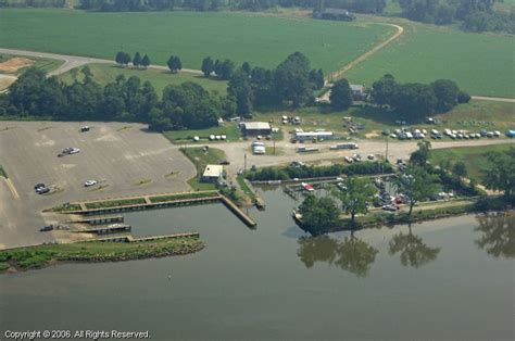 Boat Slip Richmond Va by Kingsland Reach Marina In Richmond Virginia United States