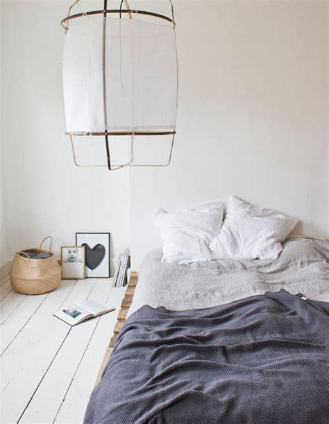 bed  floor   great idea   budget friendly bedroom