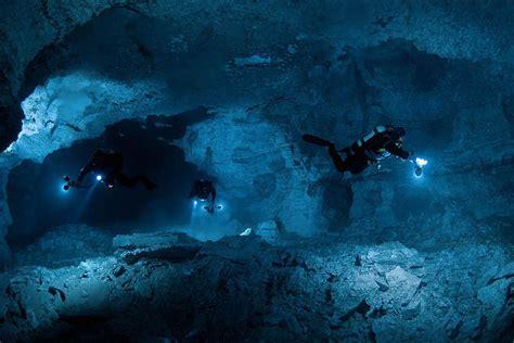 funkydiving cave diving