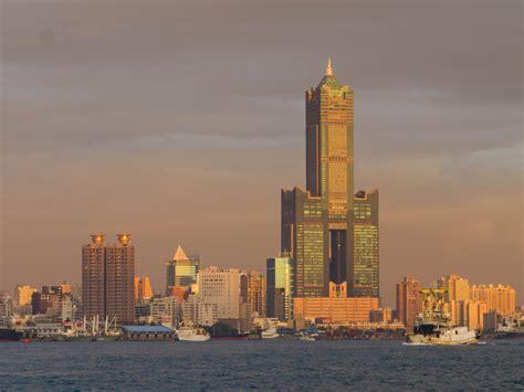 tuntex sky tower kaohsiung taiwan photo gallery