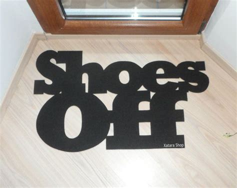 No Shoes Doormat by 25 Best Ideas About No Shoes On Shoes