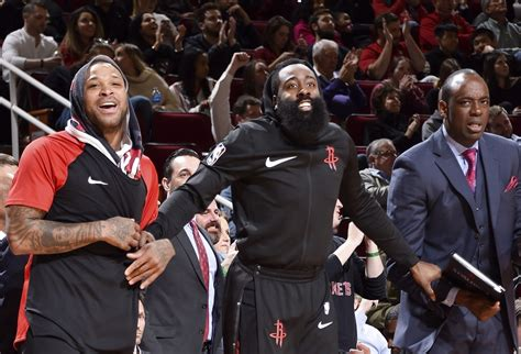 """Spurs"" ir ""Rockets"" pergalės dar labiau sujaukė situaciją ..."