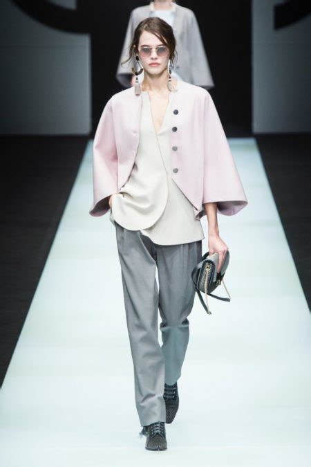 giorgio armani fall winter  runway fashion