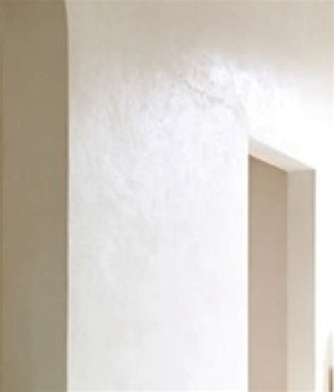 warm white venetian plaster walls master bath