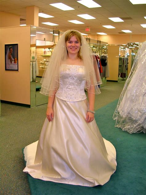 evgen fashion blog sissies  wedding dresses